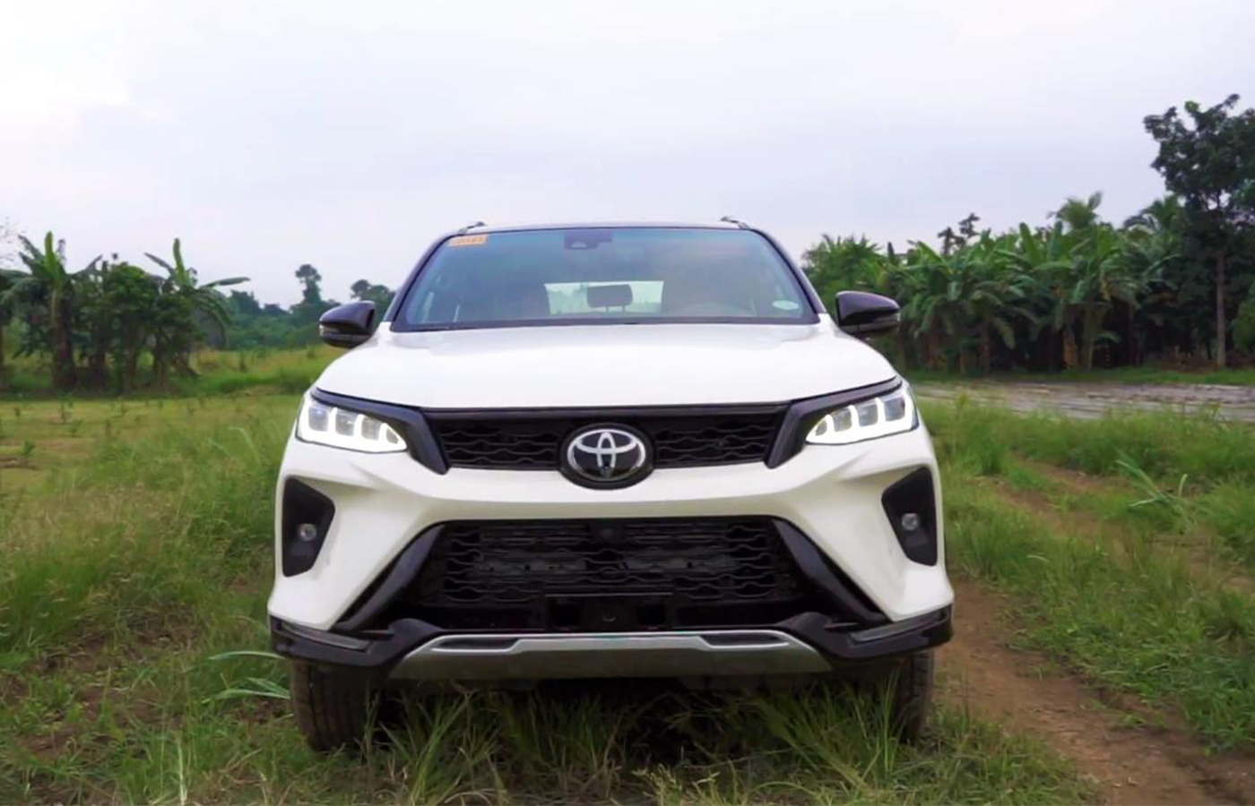 Why Should I Buy The New Fortuner?